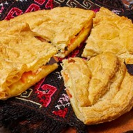 Сырный пирог с базиликом Фото