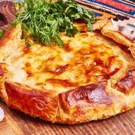 Мясной пирог Тхиури Фото