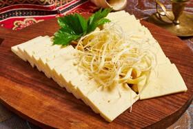 Ассорти из кавказских сыров - Фото