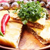 Острый мясной пирог Фото