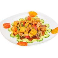 Тофу с морепродуктами и овощами maxi Фото