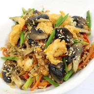 Рис с курицей и грибами Фото