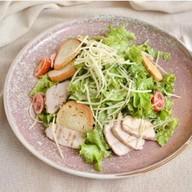 Цезарь куриное филе салат Фото