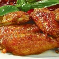 Закуска из куриных крылышек Фото