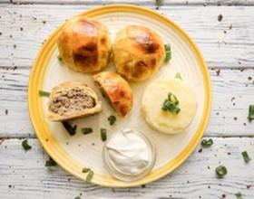 Мясные шарики с сыром в слоеном тесте - Фото