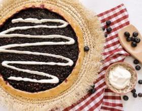 Пирог с черникой и сметаной - Фото
