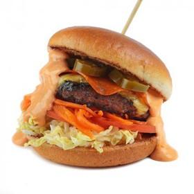 Бургер с перцем халапеньо - Фото