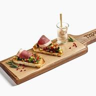Пинчос с утиной грудкой магре Фото