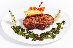 Стейк из говядины - Фото