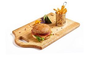 Премиум бургер из мраморной говядины - Фото
