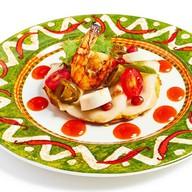 Тостадос с филе эсколар и креветкой Фото