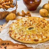 Пирог с картофелем и лесными грибами Фото