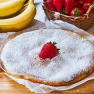 Пирог с клубникой и бананом Фото
