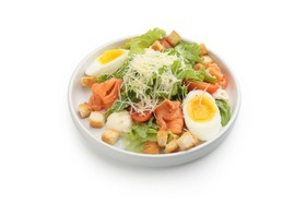 Цезарь салат с лососем - Фото