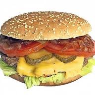 Шефбургер с соусом барбекю Фото