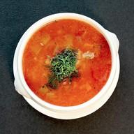 Густой суп с говядиной и овощами Фото