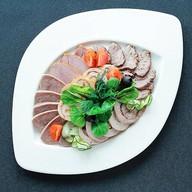Мясная тарелка Фото