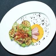 Гриль-салат с уткой Фото