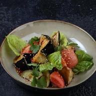 Азиатский салат из хрустящих баклажанов Фото