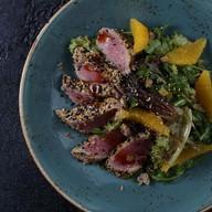 Пряный салат с тунцом и имбирем Фото