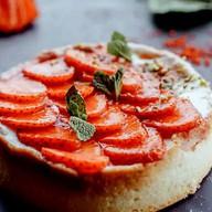 Тарт с клубникой Фото