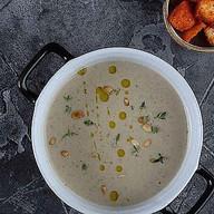 Грибной крем-суп с хлебными крутонами Фото