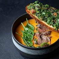 Чечевичный суп с ростбифом Фото