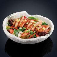Салат из обжаренного цыпленка Фото