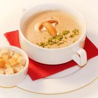 Крем-суп из шампиньонов со сливками Фото