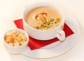 Крем-суп из шампиньонов со сливками - Фото