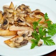 Картофель жареный с грибами Фото