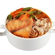 Азиатский суп с лососем Фото