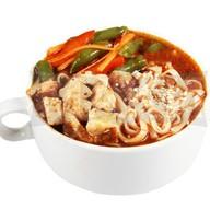 Азиатский суп с курицей Фото
