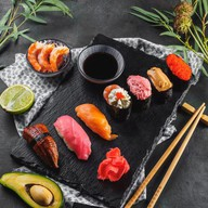 Суши запеченные Фото