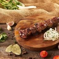 Шашлык из говядины + соус Фото