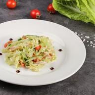 Салат с курицей и сыром Фото