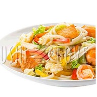 Wok с морепродуктами и соусом Фото