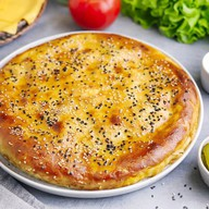 Осетинский Чизбургер с котлетой и сыром Фото