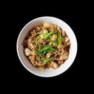 Рис с курицей карри Фото
