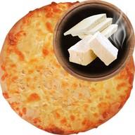 Хачапури три сыра Фото