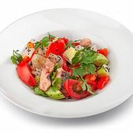 Красная рыба с овощами Фото
