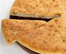 Осетинский пирог с курицей и картофелем - Фото