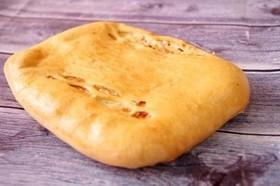 С горбушей, картофелем (дрожжевой) - Фото