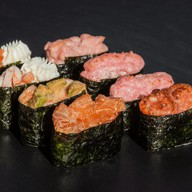 Гункан суши сет Фото