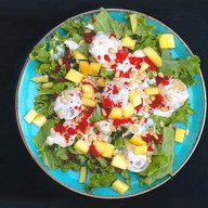 Теплый салат с гребешком и манго Фото