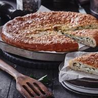 Осетинский с адыгейским сыром и зеленью Фото