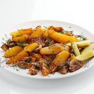 Картошечка жареная с грибами и луком Фото