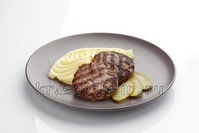 Котлеты домашние мясные с пюре - Фото