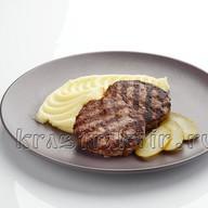 Котлеты домашние мясные с пюре Фото