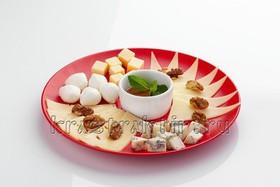 Сырная тарелка - Фото